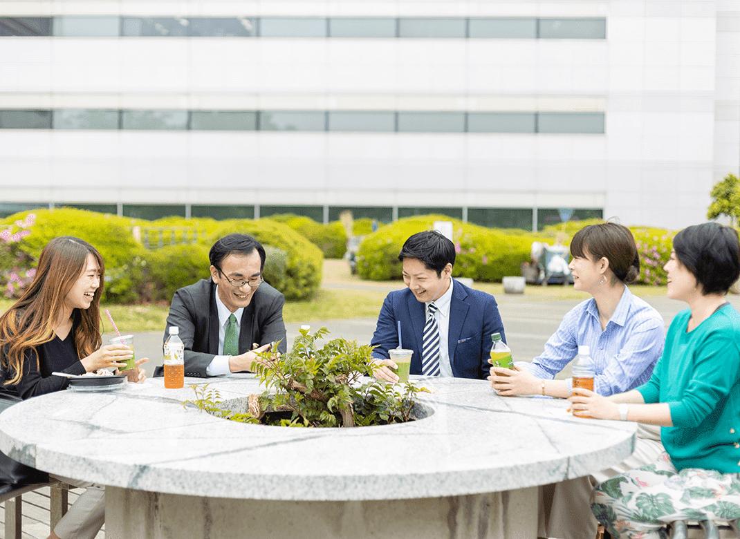 HOTEL KSP 都市型ワーケーション 交流するイメージ③
